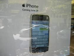 Apple_storefront_iphone